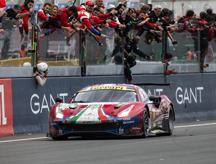 Ferrari 488 GTE EVO - Le Mans